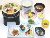 【夕食】川奈潮騒御膳※写真はイメージです。仕入れの状況により、食材・メニューに変更がある場あります