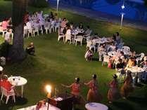 【夕食】ガーデンブッフェ※イメージ2018年7月22~8月8日、8月18日~25日まで開催