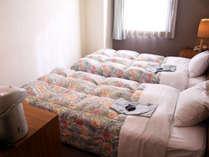 ツインルーム(シングルベッド2台)