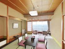 七尾湾を一望!絶好のロケーションのお部屋でごゆっくりお過ごしください。