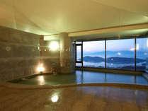 男湯も女湯も、瀬戸内海を望む、絶景展望風呂が待っています!