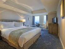 スタンダードダブル(一例となります)※実際のお部屋の内装やインテリアは異なることがございます。