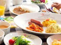 【イル・キャンティ・エスト】1日の始まりを美味しい朝食で・・・