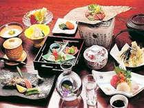 *【夕食一例】京都の料亭で腕を磨いた若旦那が腕を振るう会席料理をお召し上がりください。