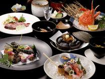 【山楽会席】「あわび」や「能登牛」、「蟹」など贅を極めた食材を一度に楽しめる会席です。(イメージ)