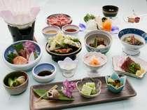 地元食材もふんだんに採り入れて品数も豊富な夕食(^^)