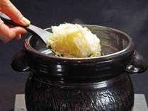 【*ご夕食:生姜ご飯(一例)】旬に合わせたご飯をご提供いたします