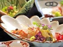 【ご夕食:お造り(一例)】旬の食材を旬な器で