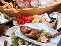 *夕食一例/地元で揚がった新鮮なものを贅沢に使用