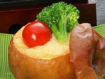 別注料理「りんご釜グラタン」