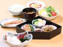 【新高岡駅からぐるっと周遊】 朝食付プラン ◆ 高岡駅目の前 ◆