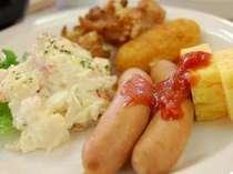 品数豊富なバイキング朝食です♪お好きなものをお好きなだけお召し上がり下さいませ☆