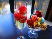 Glitter~グリッター~グランドブッフェいちごフェア期間限定スパークリングワイン 料金:918円