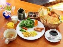 【朝食チョイス】和食or洋食?選べる高原の朝ごはん♪23時までチェックインOK!《一泊朝食付》