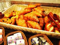 【焼き立て手作りパン】