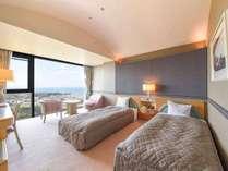 *【ツインルーム】一般的なシティホテルよりも広々としたお部屋が好評です。