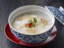 【ご朝食】目覚めの胃腸を整える『ほたて粥』