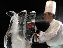 遠藤の食の技と、刻(氷)をきざむその技をお楽しみください。
