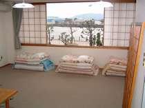 和室10畳2~4名専用で工事で長期滞在の方釣りの方観光の方などに喜ばれております(ハ゛ス、トイレ付き)