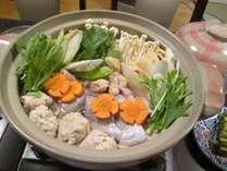 *夕食一例/とりちゃんこ鍋。定番のお鍋もございます。