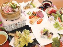 *夕食一例/地元の味覚にこだわったお食事をご賞味ください。