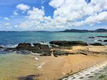 本島東海岸金武町、周辺の海は釣りを楽しむ人も。のんびり過ごす「島時間」を満喫♪