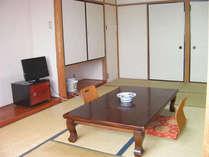 和室10畳広いお部屋です