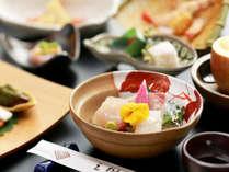 季節によって変わる、旬の食材をあしらった前菜料理。