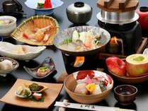 新鮮なお刺身から、ホクホクお鍋まで。季節のお料理をお楽しみください。