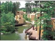森と水辺に囲まれたフォレストリゾート