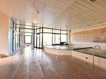 ▼大浴場「24時間いつでも入浴が可能!広々とした空間に湯治の出来るこだわりの手作り温泉!」