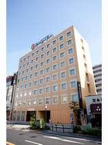 イーホテル外観♪♪小山駅西口を徒歩1分と大変便利です!