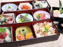 昼食ランチ(一例)
