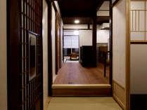 京町家ならではの奥行きのある構造