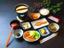 【朝食】 あったかい和食膳