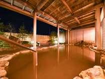 *露天風呂(男性)/安田温泉の源泉は保湿効果が高く、ツルツルポカポカになると評判です