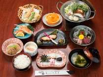 *ぬくもり御膳(夕食一例)/人気のスタンダード会席は陶板焼き又はお鍋付、約9品+ご飯、お味噌汁付