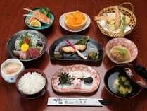 *松乃膳(夕食一例)/米処ならではのごはん、日本海の幸をお値段リーズナブルにご用意