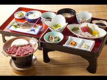 大和牛に豆腐に鮎に…奈良のうまいもの盛りだくさんの会席です。