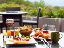 【開業1周年記念プラン】ことりの休日 ~ことりっぷと旅する5つのマリオット~(朝食付)