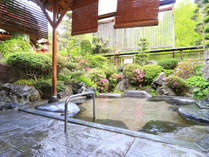 【温泉】信州の風を感じながら入ることの出来る露天風呂です。
