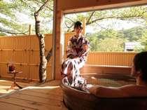 【露天風呂付き客室】景色とお風呂をゆったり楽しんで。贅沢な時間をお過ごしください。