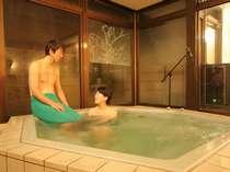 【カラオケ貸切風呂】ジャグジーもついてます。