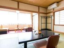 【別館・和室10畳】温水洗浄機能付トイレありのお部屋一例。階段のご利用となります。