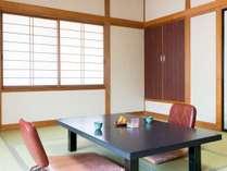 【別館】訳あり?和室10畳のお部屋一例。一番お得なお部屋です。
