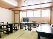 【個室お食事処】個室なので気兼ねなくお食事をお楽しみいただけます。