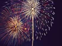 ◆【8月4日/室数限定】ド迫力の夏花火を客室から堪能!禁煙・川側指定<四季彩膳>【夕朝食付】