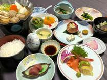 ◆源泉かけ流しの湯+季節の味覚を堪能!おきらく膳プラン♪【夕朝食付】