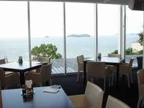 オープンキッチンレストランからの眺望