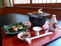 焼き松茸はミニコンロでお好きな加減で焼き上げ、お召し上がりいただけます。